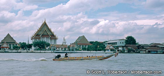 Photo: Water Taxi on Chao Praya River