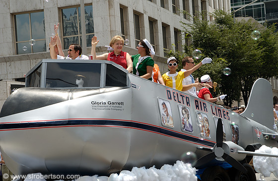 Delta Airlines Float